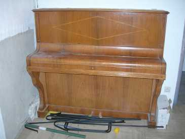Photo: Sells Upright / vertical piano HANSEN