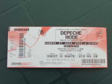 see an ad sells concert ticket depeche mode au stade. Black Bedroom Furniture Sets. Home Design Ideas