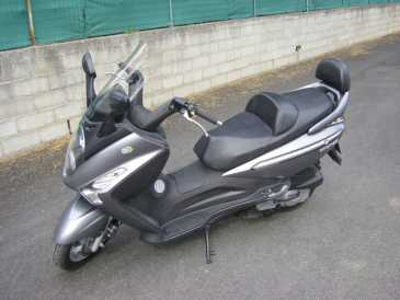 See an ad - Sells Scooter 125 cc - SYM - GTS