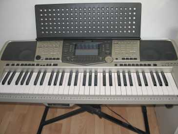 see an ad sells synthetizer yamaha yamaha psr 2000. Black Bedroom Furniture Sets. Home Design Ideas