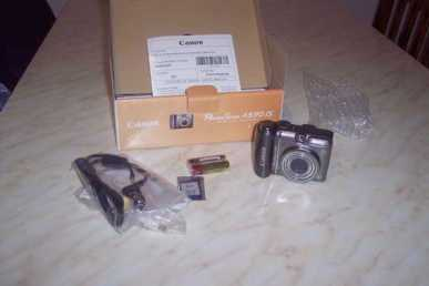 Photo: Sells Camera CANON - A590IS