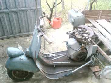 Photo: Sells Motorbike 150 cc - PIAGGIO - APE 150