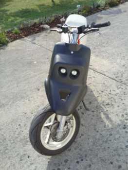 see an ad sells scooter 50 cc aprilia booster spirit. Black Bedroom Furniture Sets. Home Design Ideas