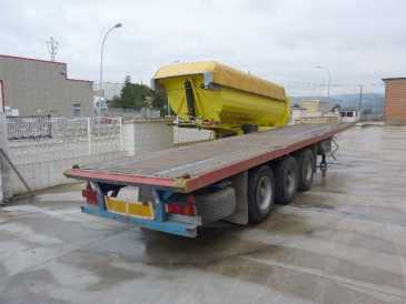 Photo: Sells Caravan and trailer LECINENA - LECINENA