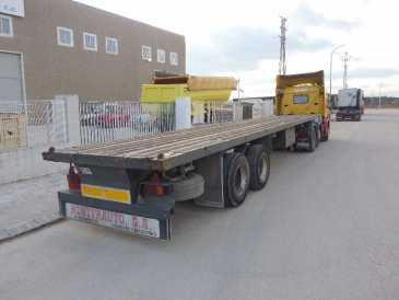Photo: Sells Caravan and trailer MONTFRAUTO - PORTACONTENEDORES LECINENA