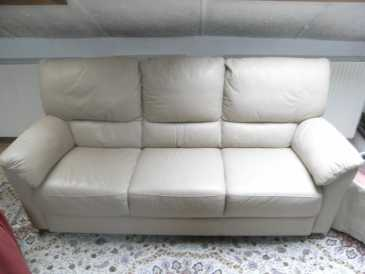 Photo: Sells Sofa for 3