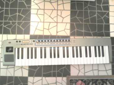 Photo: Sells Synthetizer NOVATION - XIO 49