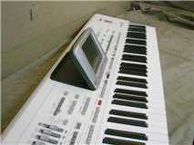 Photo: Sells Synthetizer YAMAHA