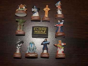 Photo: Sells Broad beans, kinders, pines and key holders FEVE DE STARS WARS