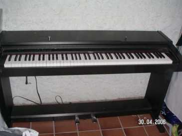 search ads and auctions pianos and synthetizers land for sale france. Black Bedroom Furniture Sets. Home Design Ideas
