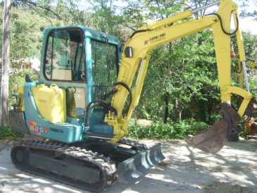 Photo: Sells Machine YANMAR - B25