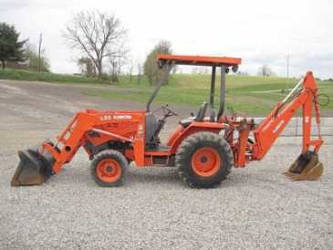 Photo: Sells Agricultural vehicle KUBOTA - L35