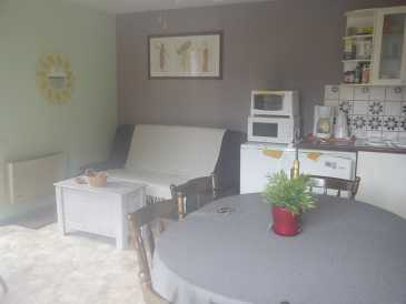 Photo: Rents 2 bedrooms apartment 65 m2 (700 ft2)