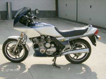 Photo: Sells Motorbike 900 cc - YAMAHA - XJ