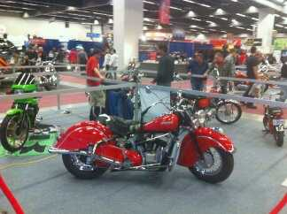 Photo: Sells Motorbike 1200 cc - INDIAN - CHIEF