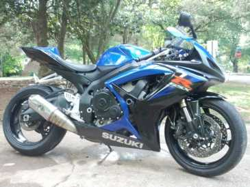 Photo: Sells Motorbike 600 cc - SUZUKI - GSX R