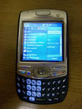 Photo: Sells Cell phone PALM - TREO 750V