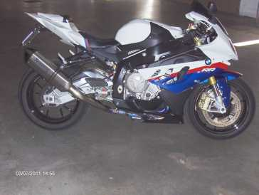 Photo: Sells Motorbike 1000 cc - BMW - S1000RR HP
