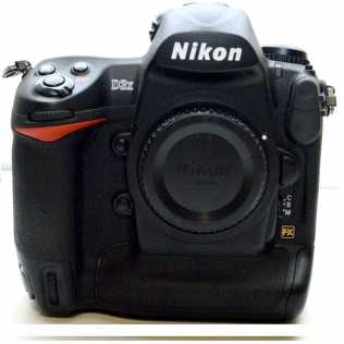 Photo: Sells Video camera CANON - NIKON D 3X