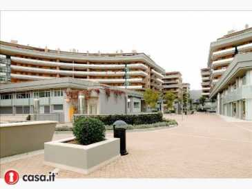 Photo: Rents 4 bedrooms apartment 65 m2 (700 ft2)