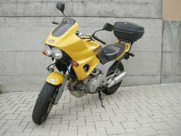 Photo: Sells Motorbike 850 cc - YAMAHA - TDM