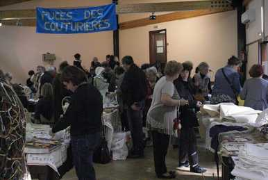 Photo: Proposes Garage sale / yard sale PUCES DES COUTURIERES ET LINGE DE MAISON. - BONNAC LA COTE 87270