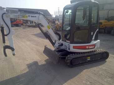 Photo: Sells Agricultural vehicle BOBCAT - 428