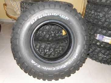 Photo: Sells Part and accessory 4X4 - MUD-TERRAIN