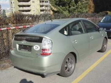 Photo: Sells Grand touring TOYOTA - Prius