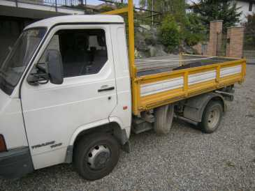 Photo: Sells Truck and utility NISSAN TRADE 100 - TRADE 100