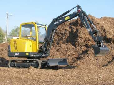 Photo: Sells Machine VOLVO - EC35