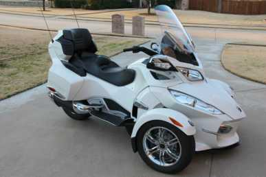 Photo: Sells Motorbike 10821 cc - CAN-AM - SPYDER RT LIMITED