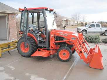 Photo: Sells Agricultural vehicle KUBOTA - B3030 HSDC