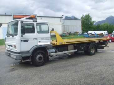 Photo: Sells Truck and utility RENAULT - M230