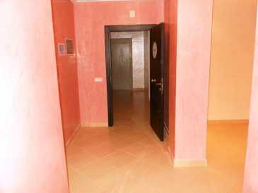 Photo: Sells 2 bedrooms apartment 126 m2 (1,356 ft2)