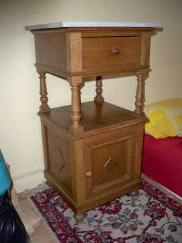 Photo: Sells Bed table