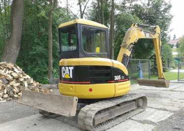 Photo: Sells Agricultural vehicle CATERPILLAR - 305CR MINI PELLE