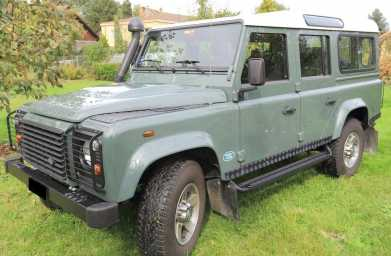 Photo: Sells FWD car LAND ROVER - 90