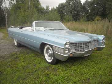 Photo: Sells Convertible CADILLAC - Deville