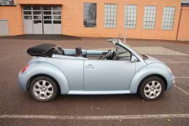 Photo: Sells Convertible VOLKSWAGEN - New Beetle