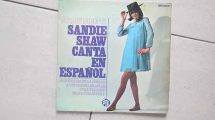 Photo: Sells Vinyl 45 rpm Pop, rock, folk - SANDIE SHAW