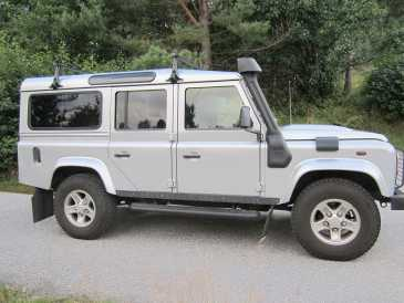 Photo: Sells FWD car LAND ROVER
