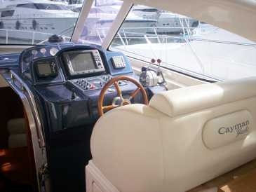 Photo: Sells Boat CAYMAN 43 WA - CAYMAN 43 WA