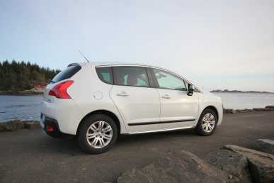 Photo: Sells Grand touring PEUGEOT