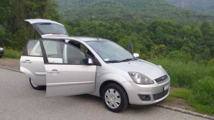 Photo: Sells Grand touring FORD - Fiesta