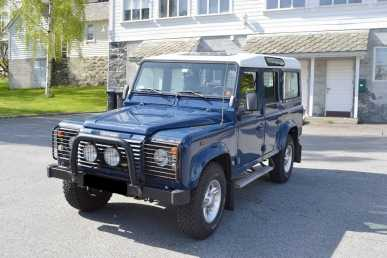 Photo: Sells FWD car LAND ROVER - Defender