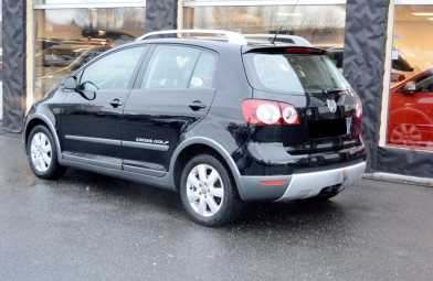 Photo: Sells FWD car VOLKSWAGEN - Golf