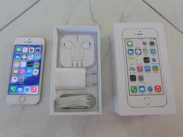 Photo: Sells Cell phone IPHONE - 5S
