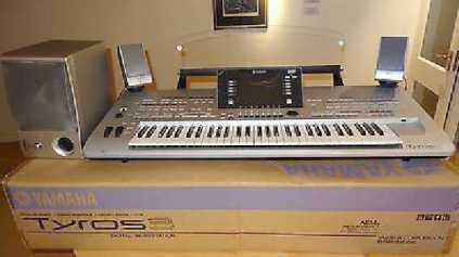 Photo: Sells Synthetizer YAMAHA - YAMAHA TYROS 5 76-KEY ARRANGER WORKSTATION