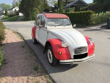 Photo: Sells Convertible CITROEN - 2CV
